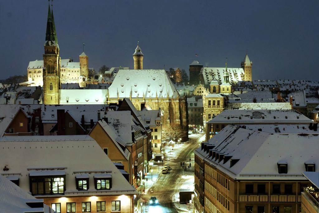 Frohe Weihnachten und Grüße aus Nürnberg